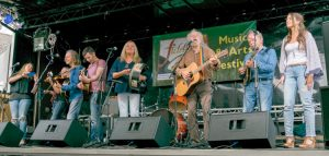 The Sands Family & Na Leanai – Fiddlers Green Festival 2016 – Home Away From Home