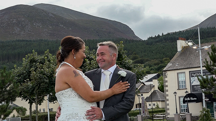 Alan & Heidi's Wedding – Mourne Presbyterian Church Kilkeel & Hugh McCanns Newcastle